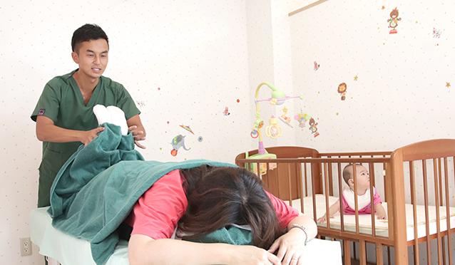 産後施術写真